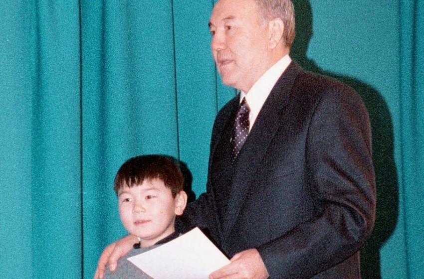 Нурсултан Назарбаевын зээ хүү 30 насандаа таалал төгслөө